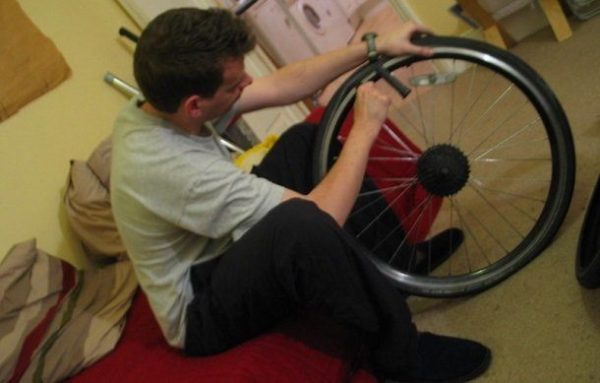 How do you change a rear tire on a road bike